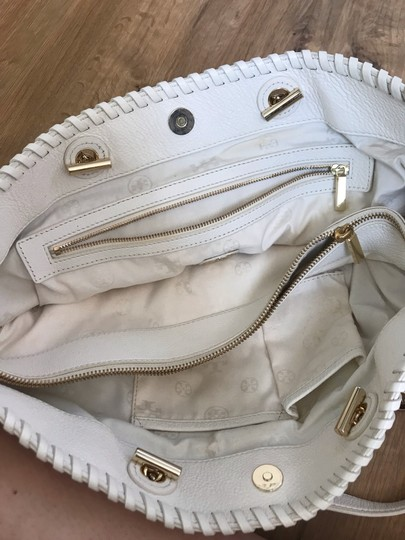 Tory Burch Tote in white Image 9