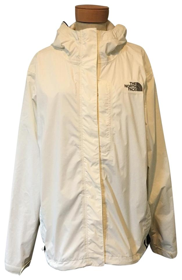 c18256a36 The North Face Cream Hooded Zip Up Windbreaker Coat Size 12 (L) 61% off  retail