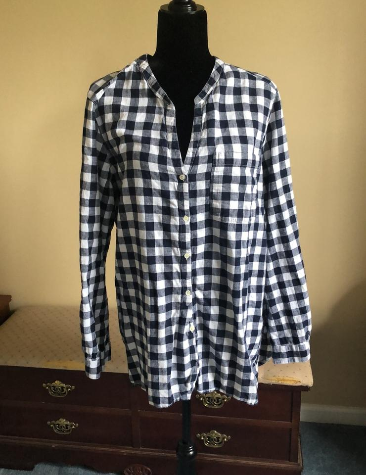 212b6ca977 Old Navy and White Plaid Button-down Top Size 20 (Plus 1x) - Tradesy