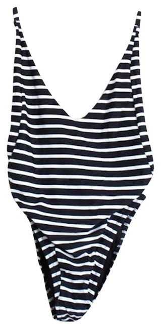 Item - Black and White Between The Lines One-piece Bathing Suit Size 8 (M)