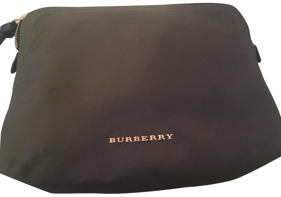 811e232c78 Burberry Green Large Zip Top Technical Nylon Pouch Cosmetic Bag 65% off  retail