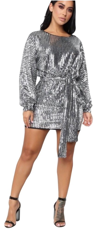 Black \u0026 Silver \u2022 Where\u2019s The Party At Short Night Out Dress Size 6 (S) 12%  off retail