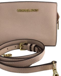 Michael Kors Light pink/ Dusty Rose Messenger Bag