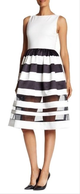 Preload https://img-static.tradesy.com/item/25513198/alice-olivia-black-and-white-larue-illusion-stripe-fit-and-flare-mid-length-cocktail-dress-size-10-m-0-1-650-650.jpg