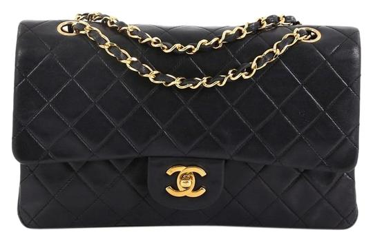 Preload https://img-static.tradesy.com/item/25513879/chanel-classic-flap-vintage-classic-double-quilted-lambskin-medium-black-leather-satchel-0-1-540-540.jpg
