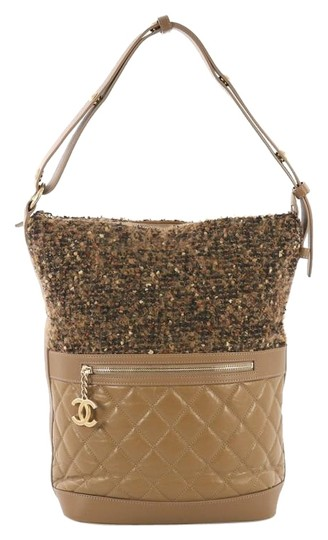 Preload https://img-static.tradesy.com/item/25514062/chanel-casual-style-tweed-and-quilted-aged-large-brown-calfskin-leather-hobo-bag-0-1-540-540.jpg