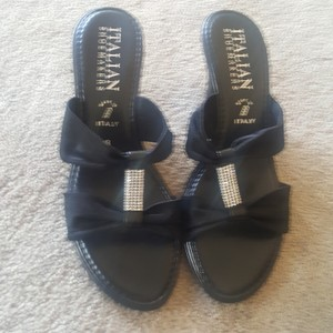 Italian Shoemakers Black with rhinestones Sandals