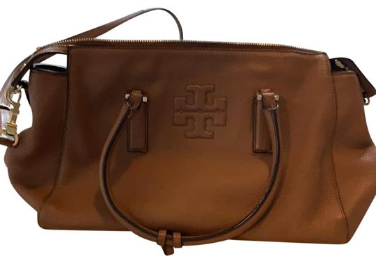 Preload https://img-static.tradesy.com/item/25514720/tory-burch-camel-leather-satchel-0-1-540-540.jpg