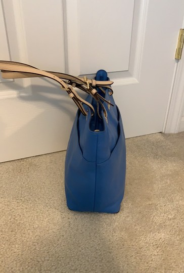 Michael Kors Tote in Blue Image 2