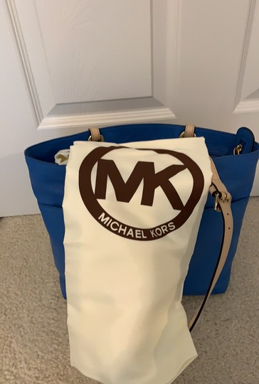 Michael Kors Tote in Blue Image 9