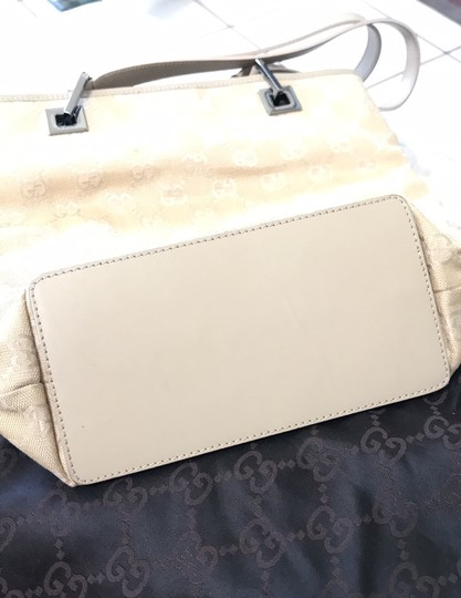 Gucci Tote in nude/gold Image 6
