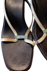 Gucci Leather Beige/Brown Sandals