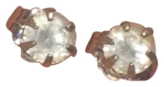 Preload https://img-static.tradesy.com/item/25515137/kay-jewelers-14k-gold-diamond-earrings-0-3-540-540.jpg