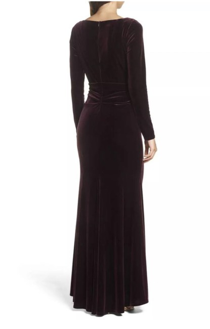 Vince Camuto Mother Of The Brides Mother Of The Grooms Velvet Gown Wedding Dress Image 2