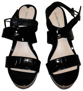 Gianni Bini BLACK SHINY LEATHER UPPER ANKLE STRAP OPEN Wedges