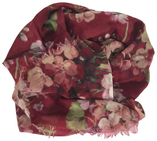 Preload https://img-static.tradesy.com/item/25515631/gucci-red-new-blooms-wool-cashmere-scarfwrap-0-1-540-540.jpg