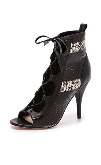 Isa Tapia Black Boots Image 3