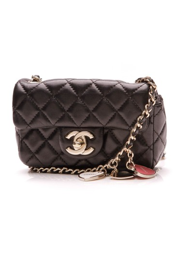 Preload https://img-static.tradesy.com/item/25515838/chanel-classic-valentine-s-day-extra-mini-flap-charm-black-lambskin-leather-shoulder-bag-0-0-540-540.jpg