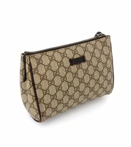 4932a1ef0243a Gucci Cosmetic Bags - Up to 70% off at Tradesy