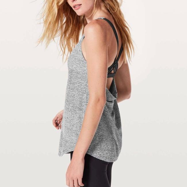 Lululemon New Lululemon Knot Your Typical Tank *Medium Support For A/B Cup Sz 12 Image 4