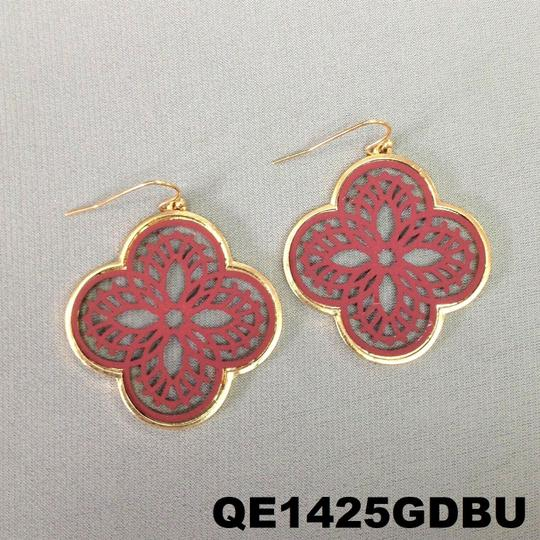 Generic Burgundy Filigree Cut Out Floral Shape Clover Design Drop Earrings Image 2