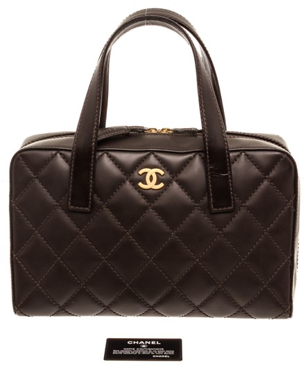 Preload https://img-static.tradesy.com/item/25519089/chanel-bag-quilted-surpique-stitch-dark-brown-leather-tote-0-0-540-540.jpg