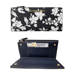 Michael Kors Michael Kors Jet Set Large Card Case Carryall Wallet Navy Floral