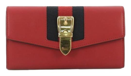 Preload https://img-static.tradesy.com/item/25519362/gucci-sylvie-continental-wallet-red-leather-clutch-0-1-540-540.jpg