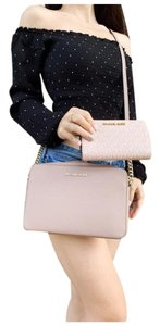 Michael Kors Womens Wallet Cross Body Bag