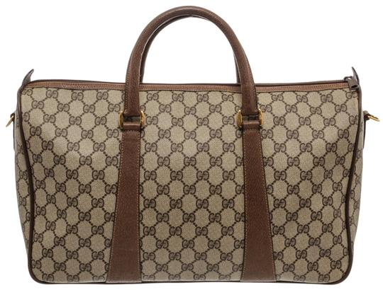 Preload https://img-static.tradesy.com/item/25519467/gucci-duffle-gg-supreme-small-brown-coated-canvas-and-leather-messenger-bag-0-1-540-540.jpg