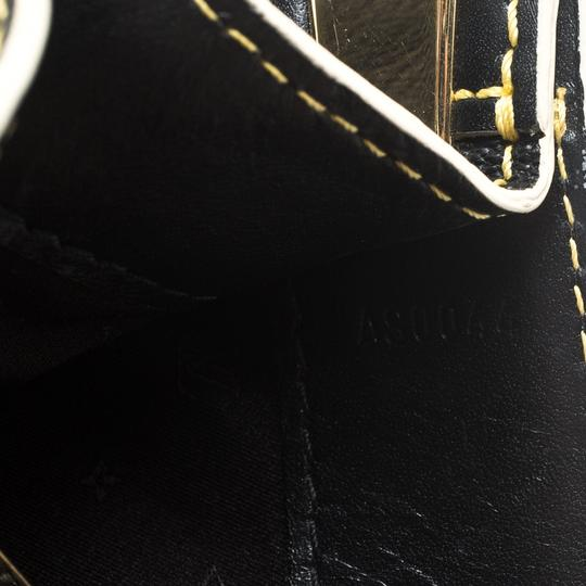 Louis Vuitton Leather Tote in Black Image 5