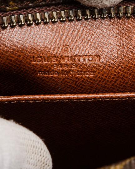 Louis Vuitton Brown Clutch Image 4