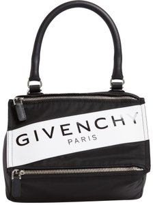 90212bb9f8e Givenchy Bags on Sale - Up to 70% off at Tradesy