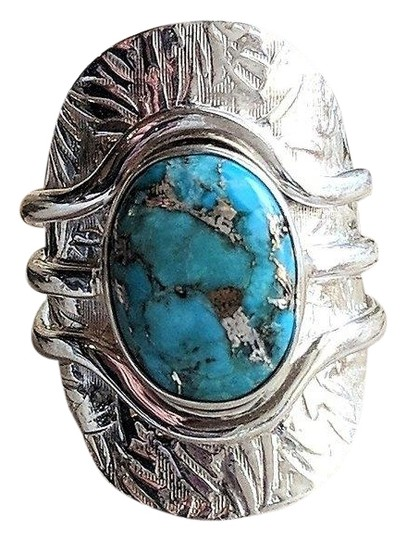 Preload https://img-static.tradesy.com/item/25522173/unique-sterling-silver-and-morenci-turquoise-size-8-ring-0-1-540-540.jpg