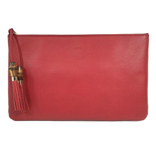 Preload https://img-static.tradesy.com/item/25522194/gucci-bamboo-detail-red-leather-clutch-0-0-540-540.jpg