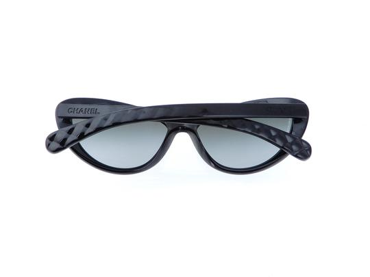 Chanel CH 6049 c.1478/S8 Quilted Polarized Sunglasses 55mm Italy Image 3