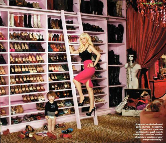 Christian Louboutin Red Pumps Image 11