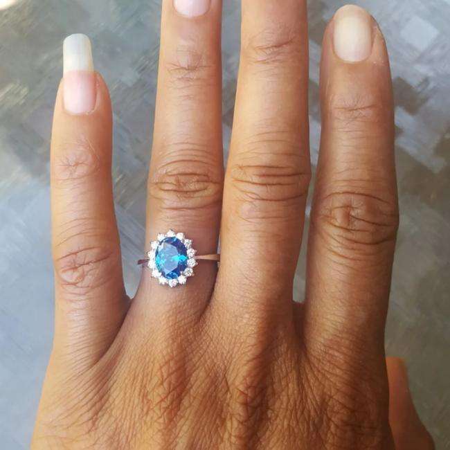 Deep Blue 925 Sterling 2 Ct Oval Halo Cz Size 6 Ring Deep Blue 925 Sterling 2 Ct Oval Halo Cz Size 6 Ring Image 1