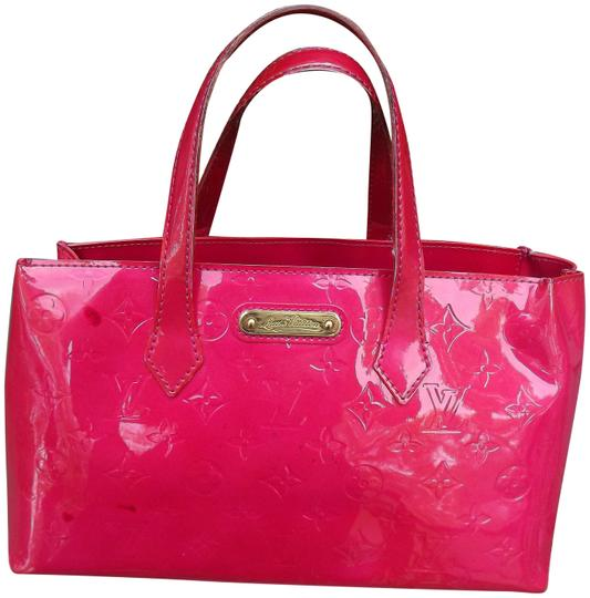 Preload https://img-static.tradesy.com/item/25522809/louis-vuitton-wilshire-vernis-pink-leather-tote-0-1-540-540.jpg