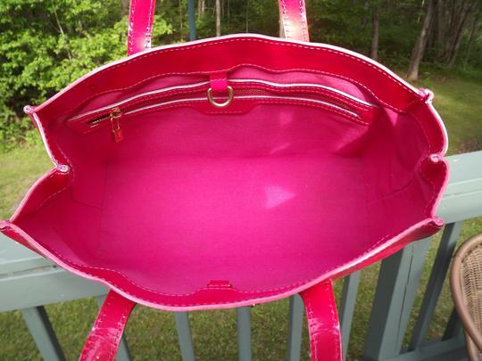 Louis Vuitton Tote in pink Image 1