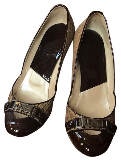 Preload https://img-static.tradesy.com/item/25522897/dior-brown-patent-and-beige-cloth-with-imprint-button-pumps-size-eu-38-approx-us-8-regular-m-b-0-1-540-540.jpg