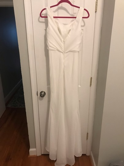 White Chiffon Pretty Long with Cowl Neck Formal Bridesmaid/Mob Dress Size 6 (S) Image 2