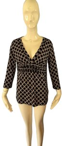 SD Collection Top Black and cream