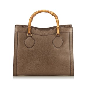 Gucci 9eguhb021 Vintage Leather Tote in Brown