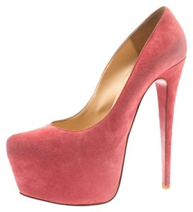 266014f9ef Christian Louboutin on Sale - Up to 70% off at Tradesy (Page 3)