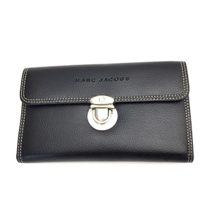 a76d2b3b678 Marc Jacobs Wallets on Sale - Up to 70% off at Tradesy