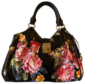 Brahmin Satchel in black floral