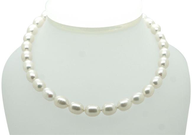 Item - Pearl Sterling Silver Clasp Fresh Water Necklace