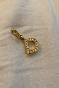Juicy Couture D charm