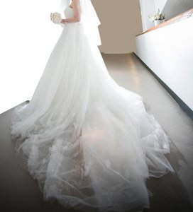 Vera Wang White By Traditional Wedding Dress Size 4 (S)